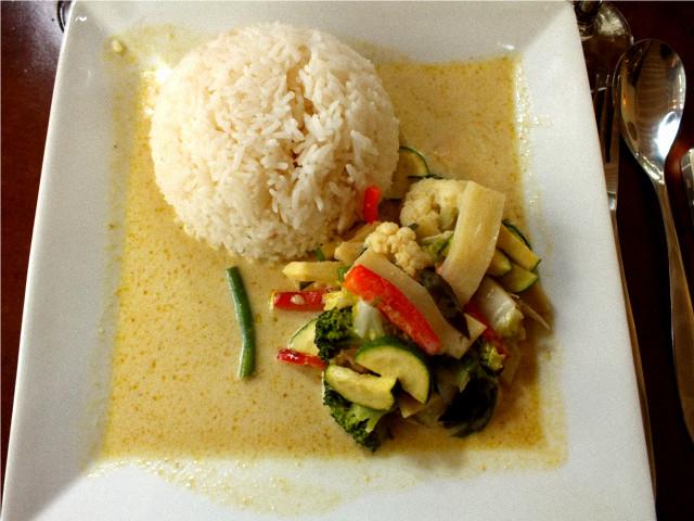 legumes sauce curry vert